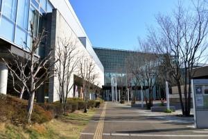 千葉市中央図書館:1階外観(正面)