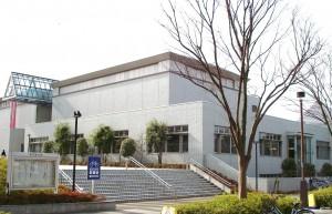 千葉市緑図書館外観